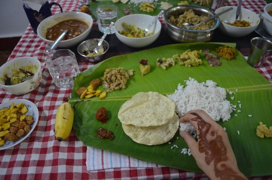 traditional Kerala meal on banana leaf Wayanad homestay Pranavam(136)