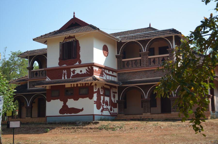 Kerala Kalamandalam dance school India (1)