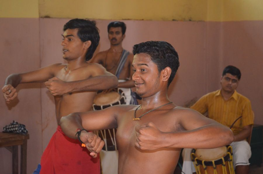 Kerala Kalamandalam dance school India (14)