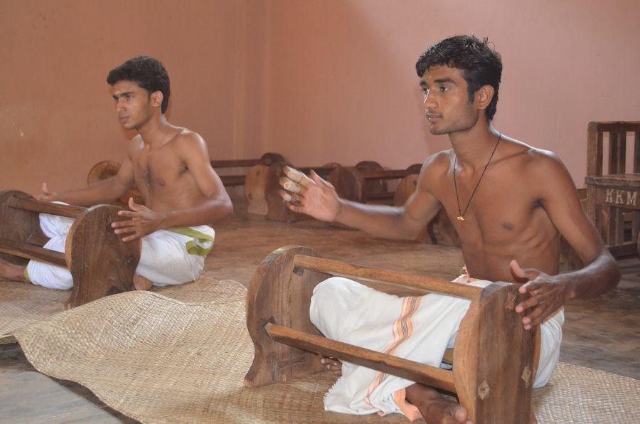 Kerala Kalamandalam dance school India (17)