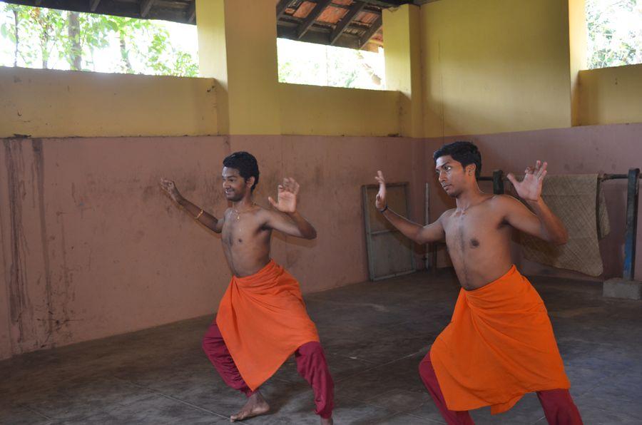 Kerala Kalamandalam dance school India (7)