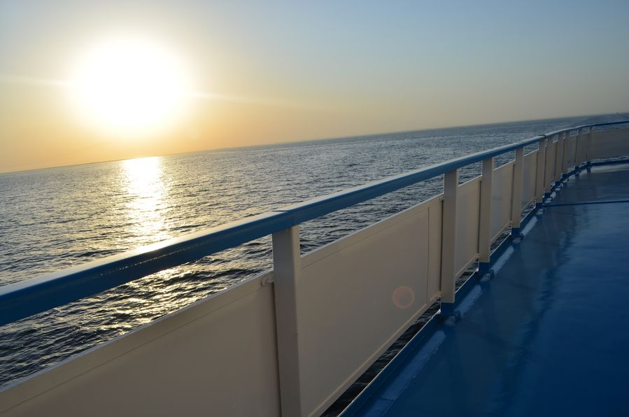 Rachmaninov cruise sunset (33)