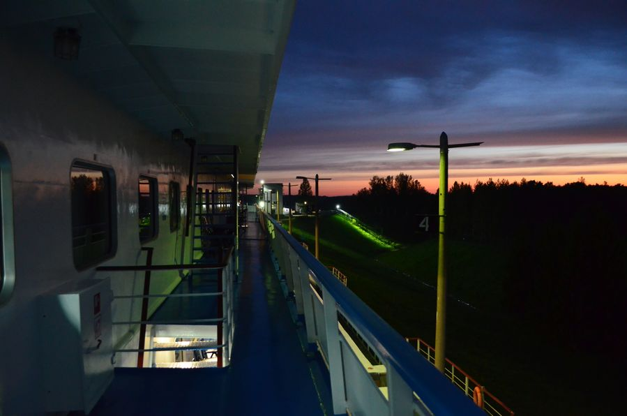 Rachmaninov cruise sunset (48)