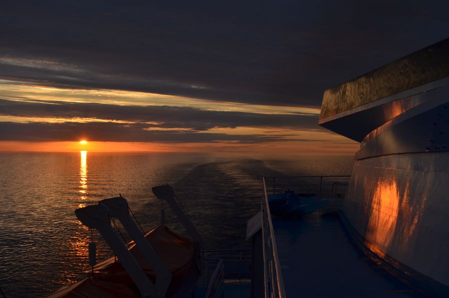 Rachmaninov cruise sunset (9)