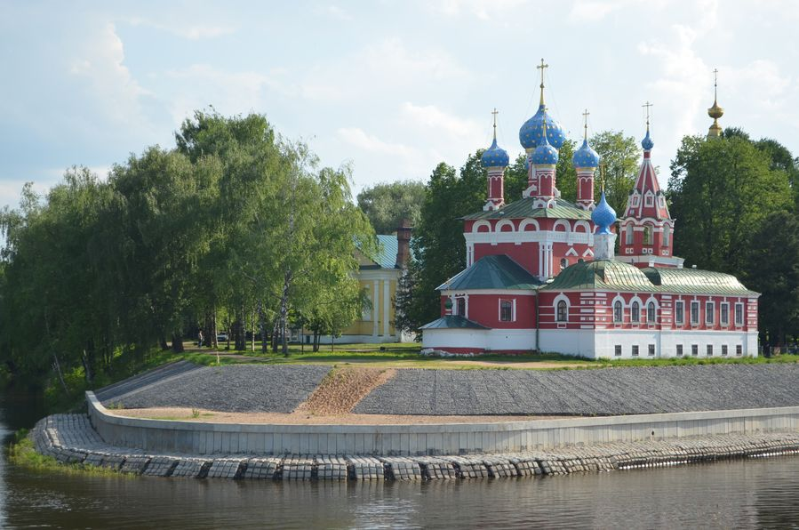 Uglich Russia cruise The Church of Dmitry on the Blood (11)