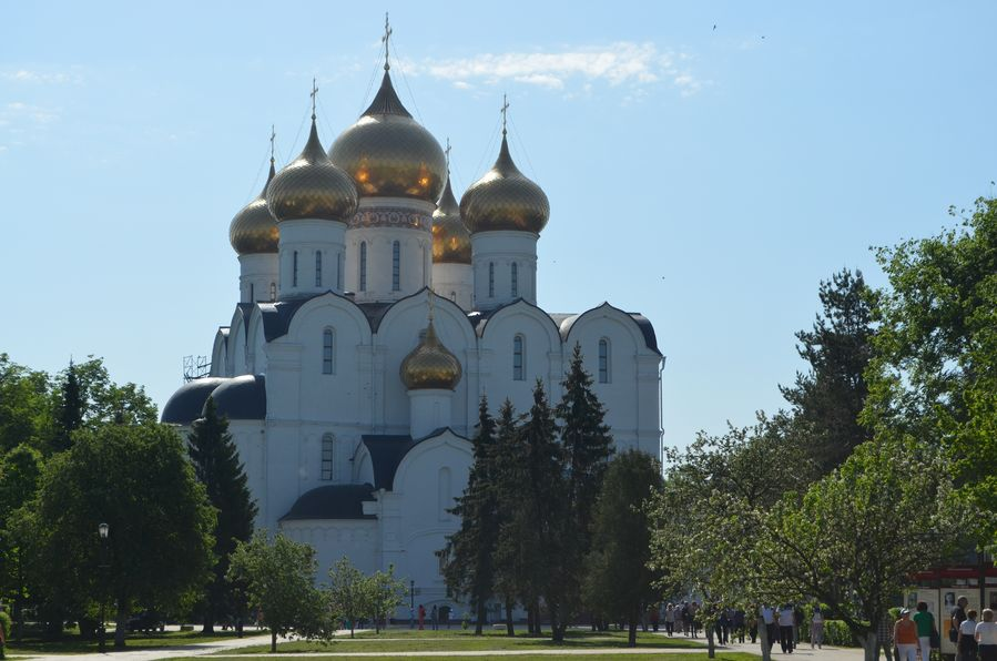 Yaroslavl Russia Cathedral of the Assumption (72)