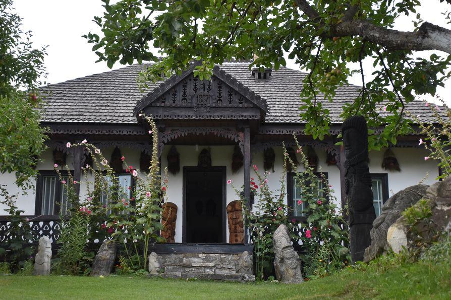 Neculai Popa Museum Neamt county Romania (4)