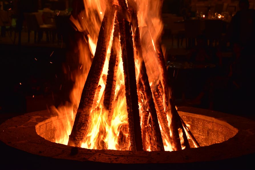 bonfire Romania