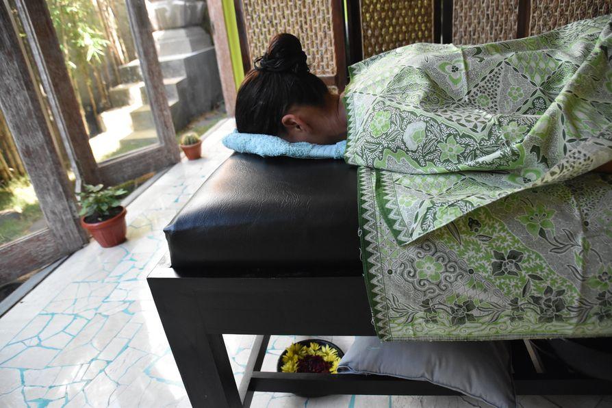 OK Divers Resort Padangbai spa (4)