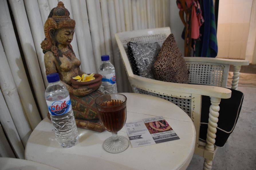 Gajah Biru bungalows accommodation close to Ubud Bali (5)