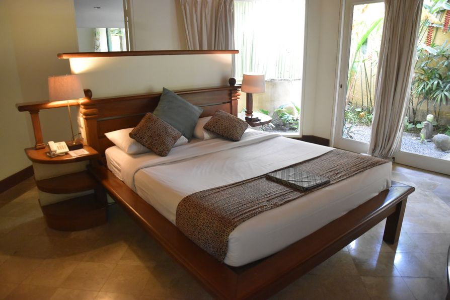 Gajah Biru bungalows accommodation close to Ubud Bali (6)