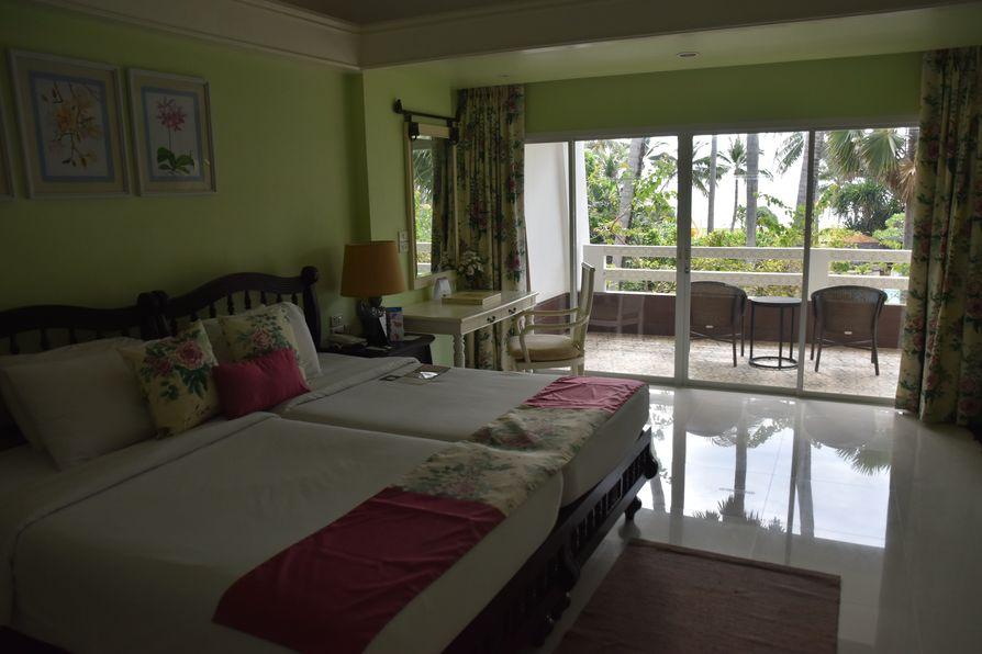 Thavorn Palm Beach Karon beach Phuket (10)