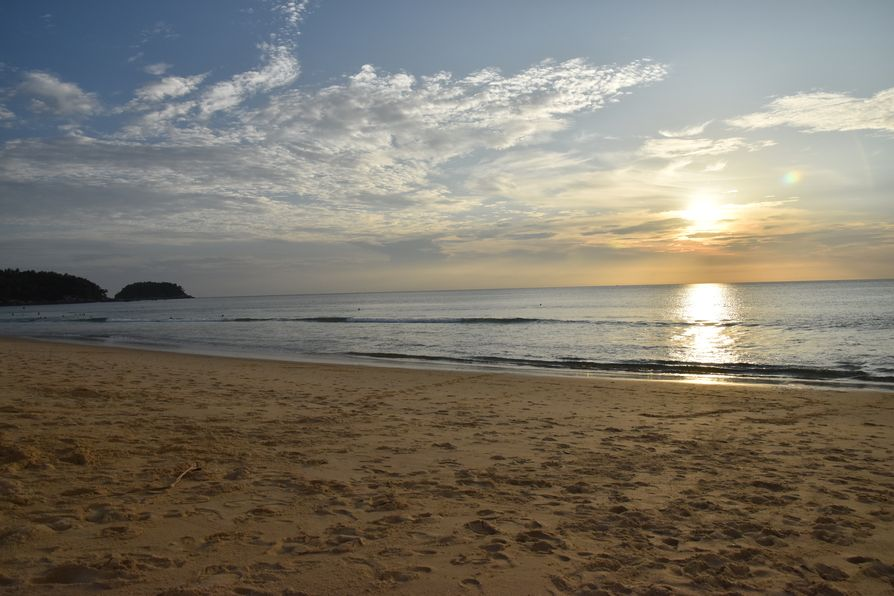 Thavorn Palm Beach Karon beach Phuket (17)