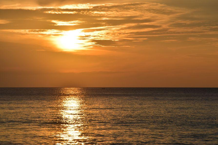 Thavorn Palm Beach Karon beach Phuket (18)