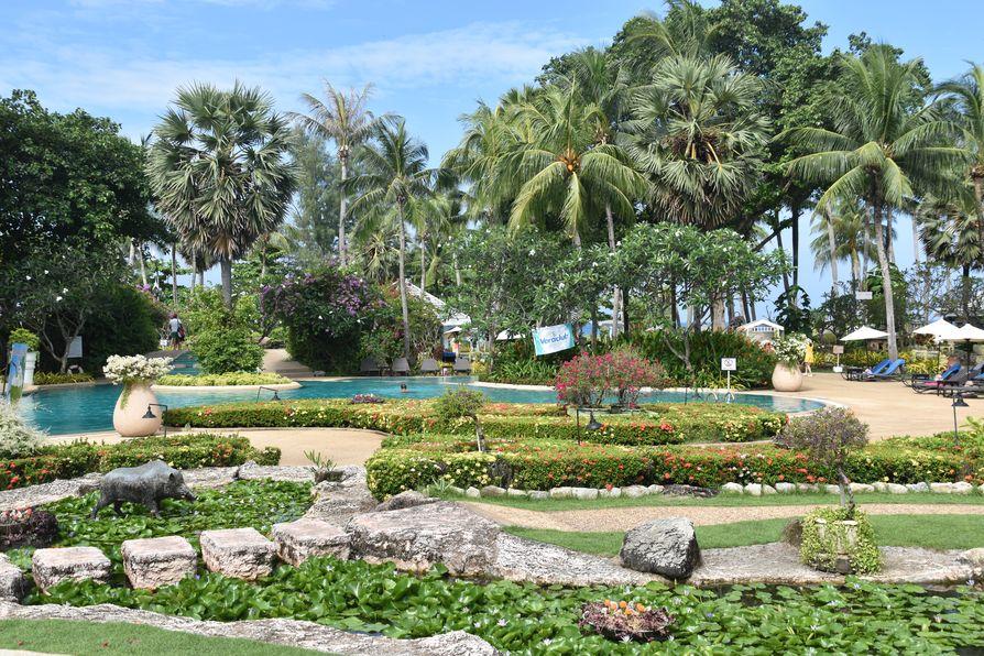 Thavorn Palm Beach Karon beach Phuket (27)