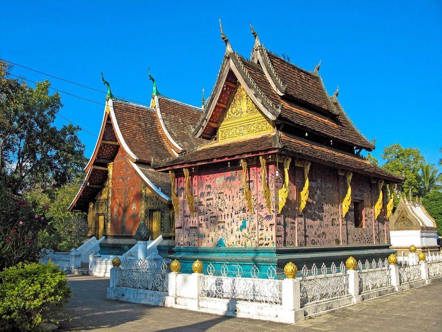 Laos Luang Prabang buddhist temple