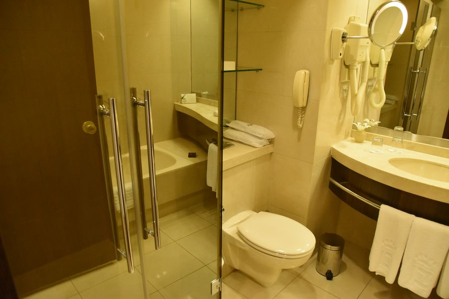 dan-tel-aviv-hotel-9