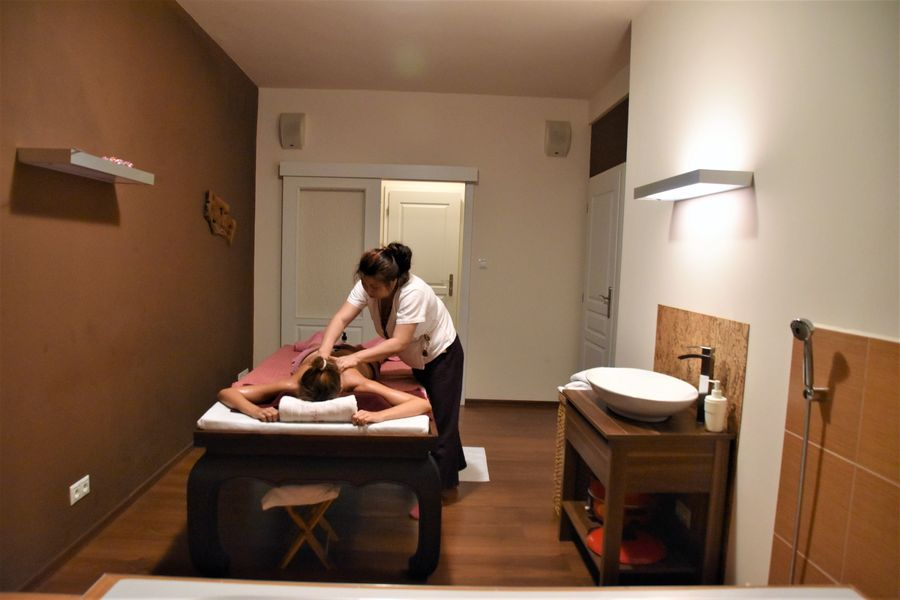 things-to-do-in-karlovy-vary-czech-republic-tawan-thai-spa-nikolina-215