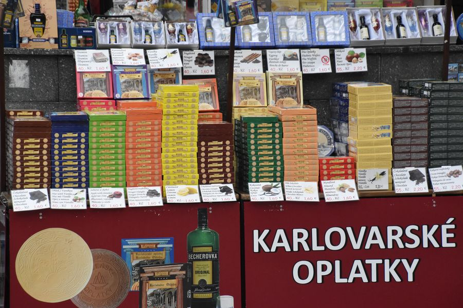 things-to-do-in-karlovy-vary-czech-republic-karlovarske-oplatky-wafers-245