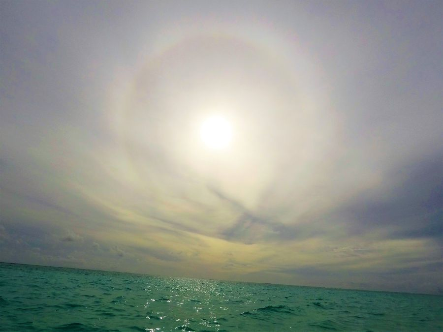 sundog rainbow around Sun on Thoddoo island