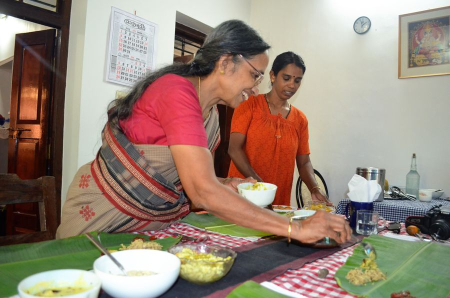 prepaing dinner in Wayanad