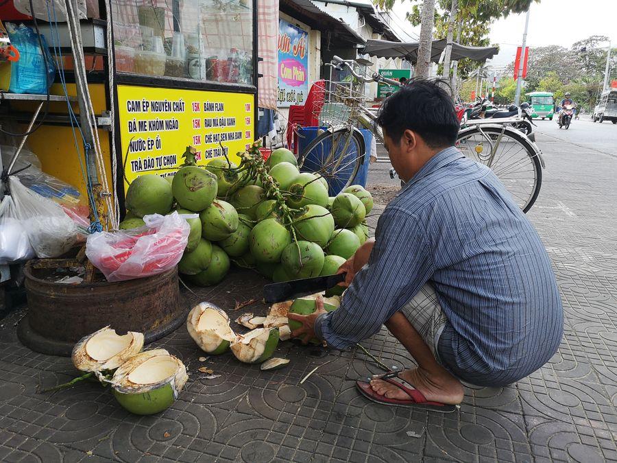 young coconuts Con Dao