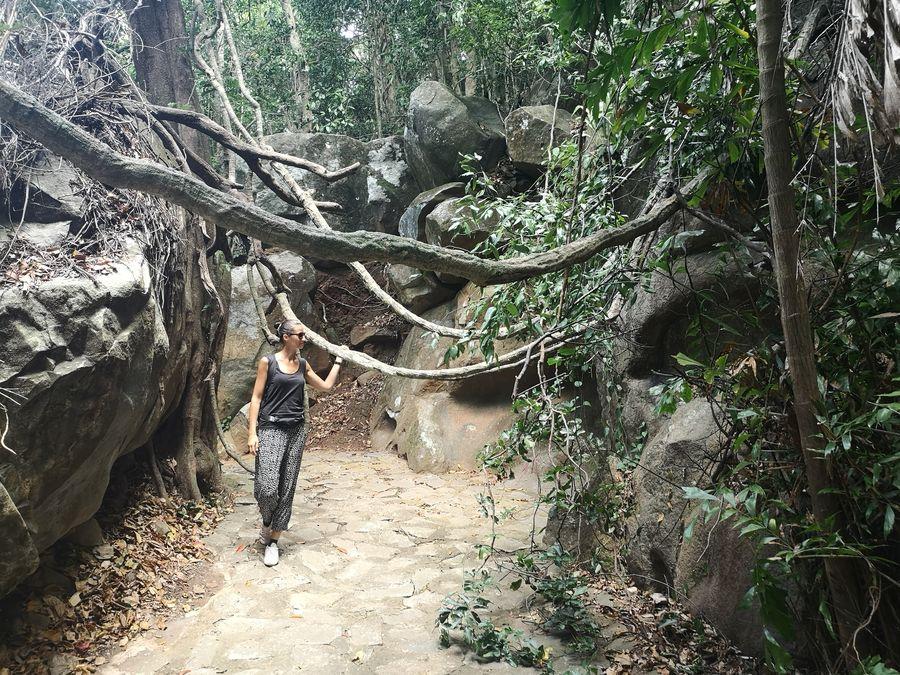exploring Con Dao national park