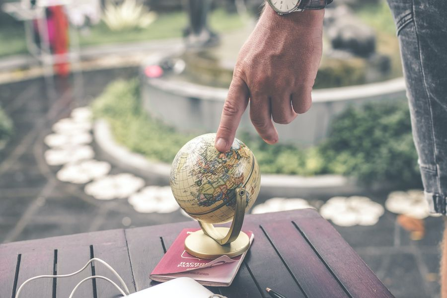 international students who love traveling